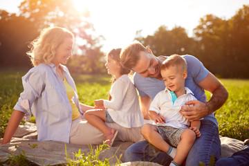 ouders met kinderen.jpg