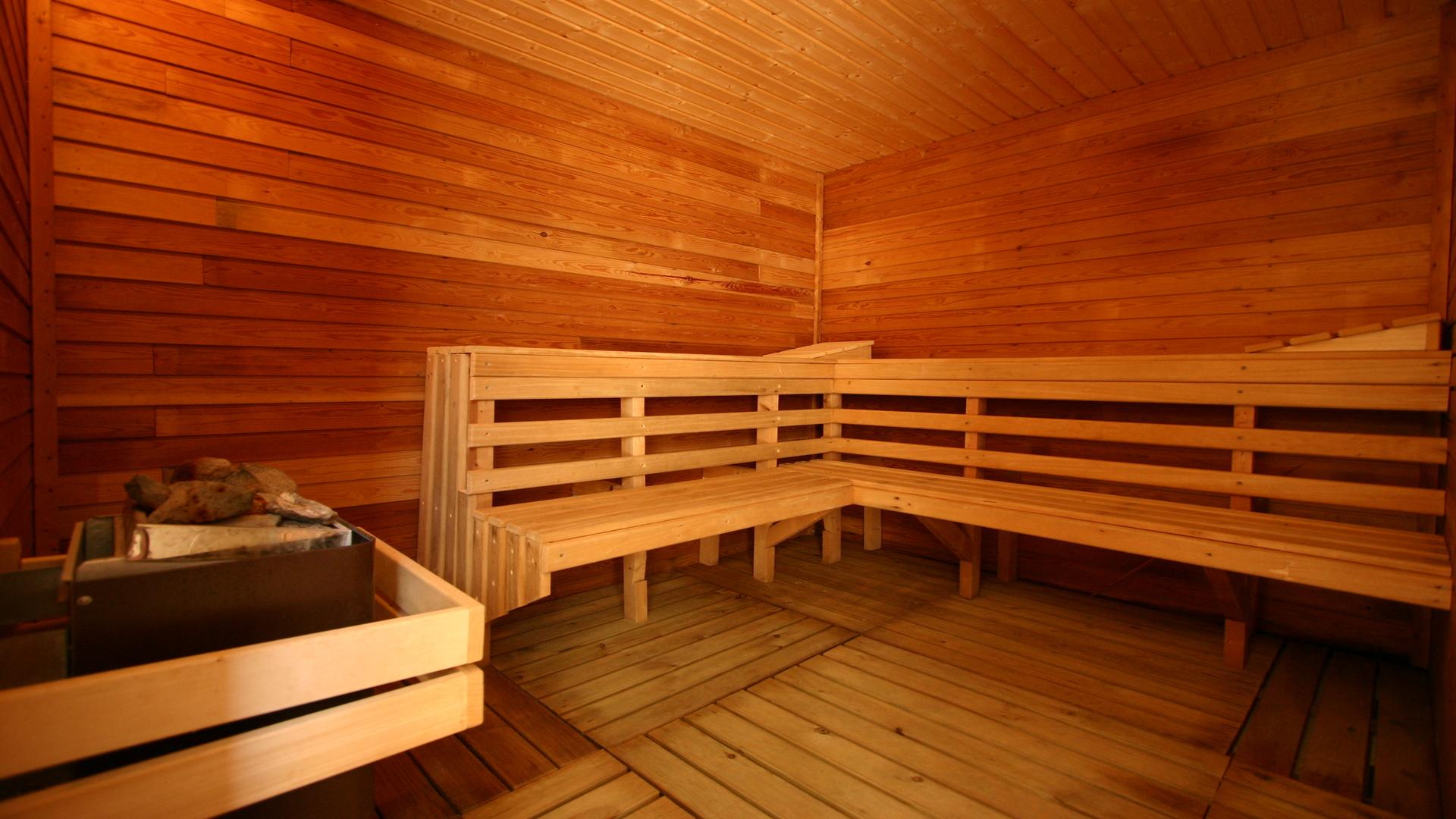 12 en sauna 9JPG.jpg