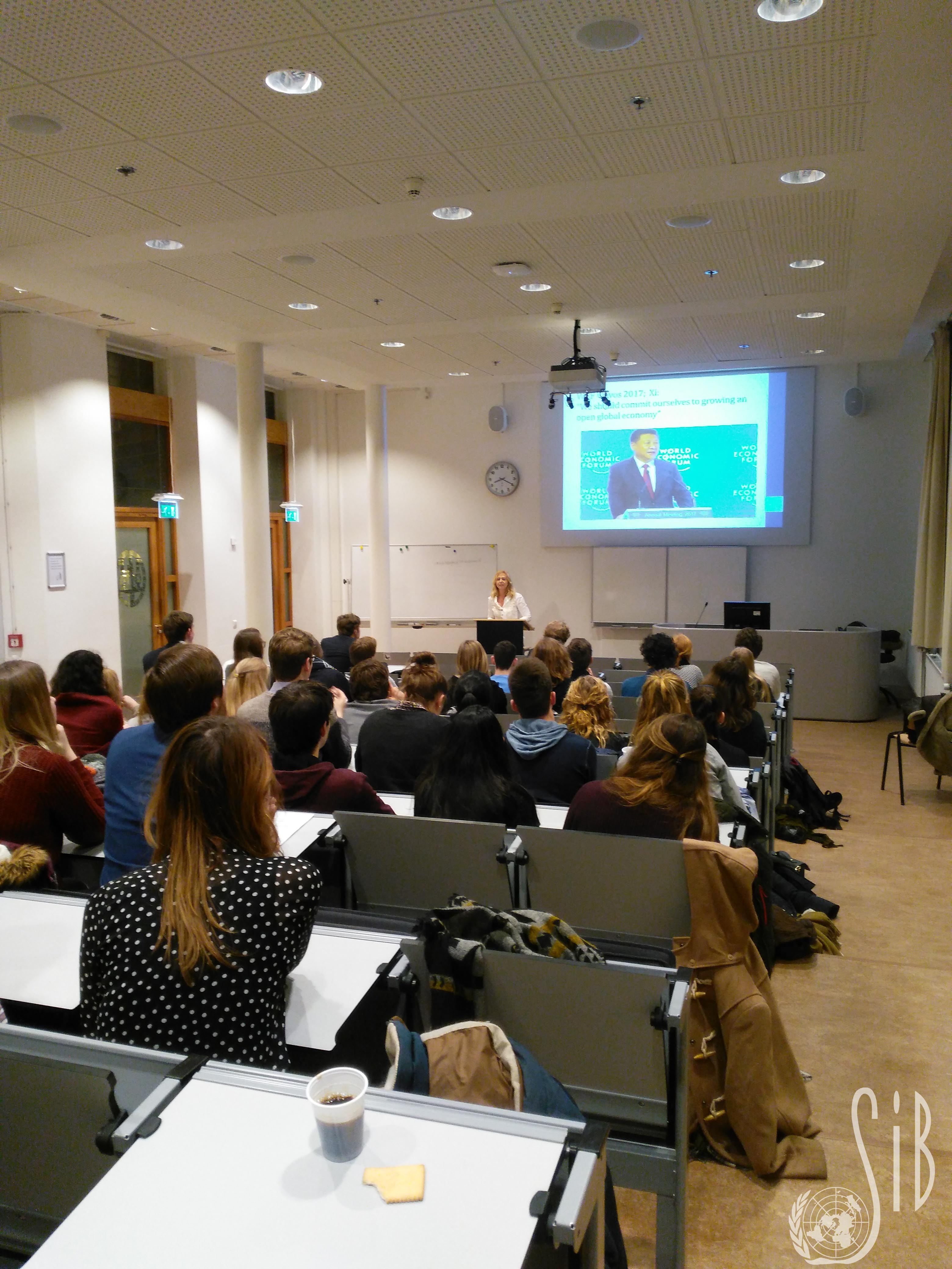 VN-seminar%20II.jpg