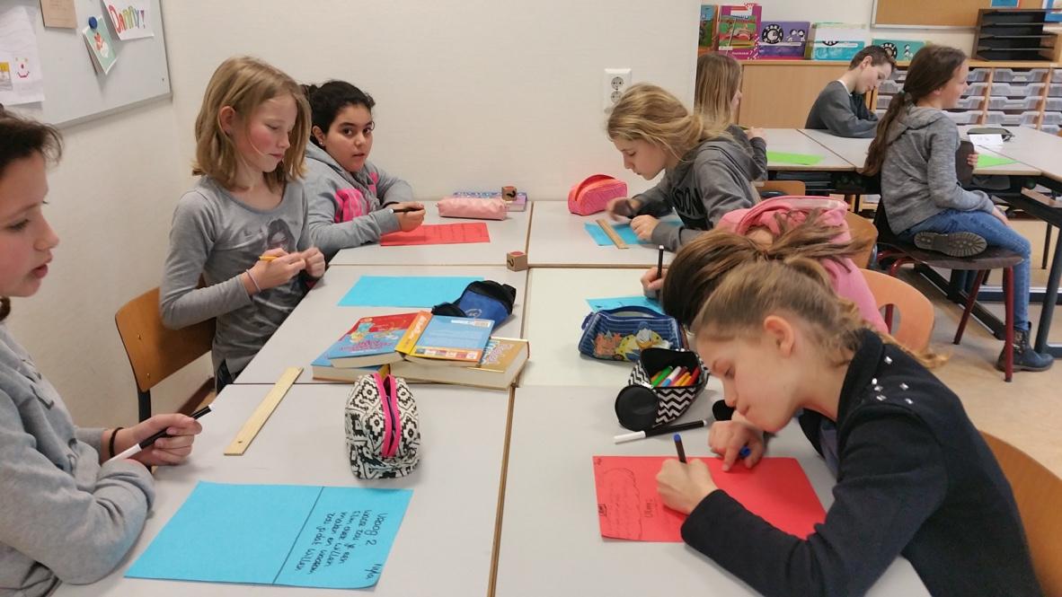 scholenbezoek-aan-asielzoekerskinderen