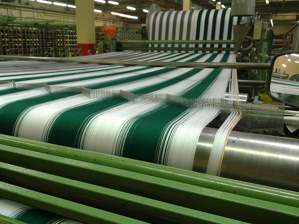 Fabriek, weven ketting1.jpg
